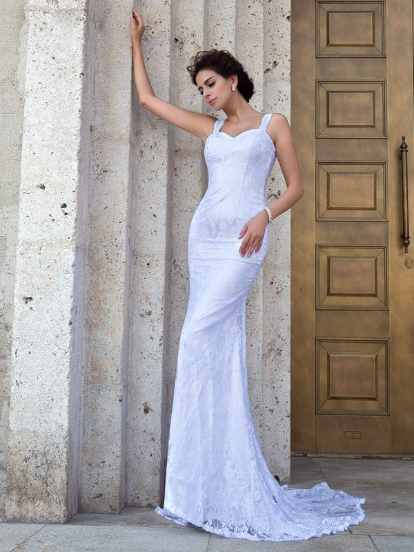 Chicregina Sheath/Column Straps Court Train Lace Wedding Dress with Beading Applique