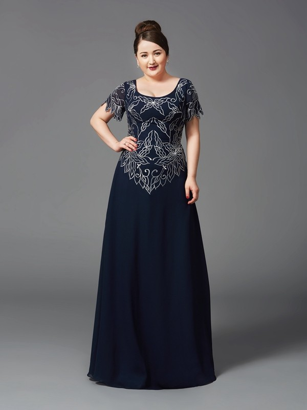 Chicregina A-Line/Princess Square Short Sleeves Floor-Length Chiffon Plus Size Mother of the Bride Dress with Embroidery