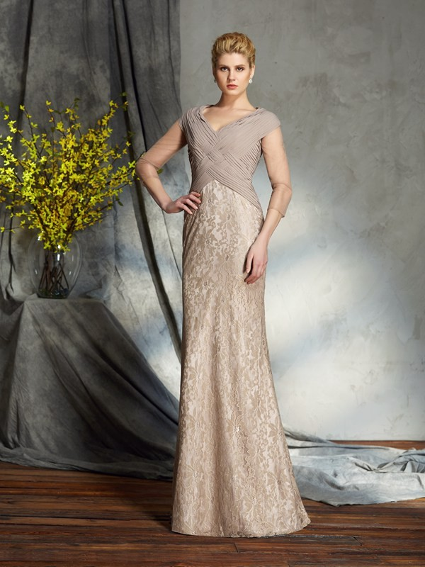 Chicregina Sheath/Column 3/4 Sleeves V-neck Chiffon Floor-Length Mother of the Bride Dress with Beading