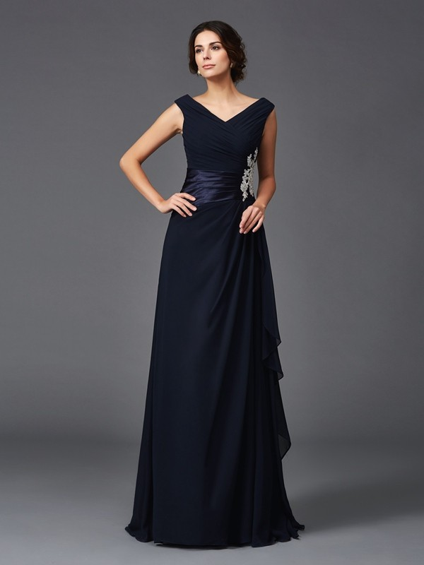 Chicregina Long A-Line/Princess V-neck Chiffon Mother of the Bride Dress with Sash Applique