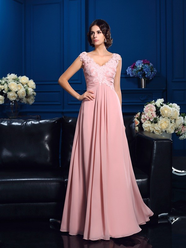 Chicregina A-Line/Princess V-neck Floor-Length Chiffon Mother Of The Bride Dress with Embroidery