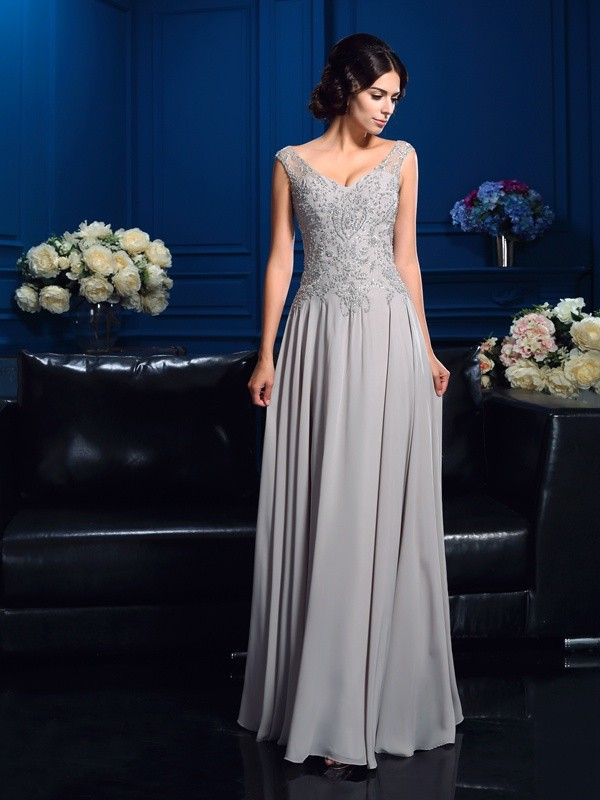 Chicregina A-Line/Princess V-neck Chiffon Floor-Length Mother Of The Bride Dress with Beading