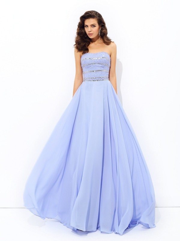Chicregina A-Line/Princess Strapless Sweep/Brush Train Chiffon Dress with Applique Beading