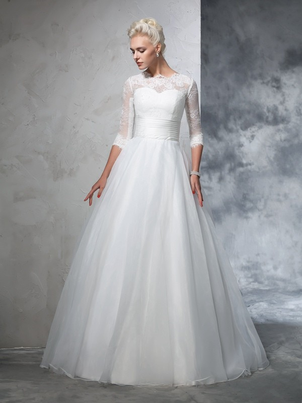 Chicregina Ball Gown 3/4 Sleeves Jewel Organza Floor-Length Wedding Dress with Ruched Applique