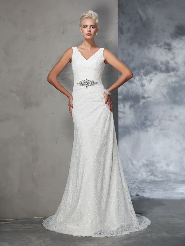 Chicregina Trumpet/Mermaid V-neck Lace Court Train Wedding Gown with Sequin
