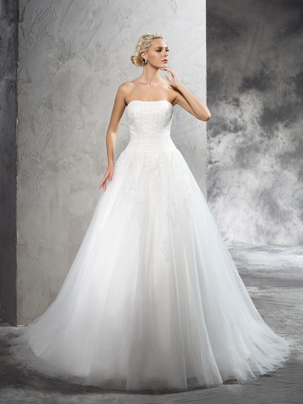Chicregina Ball Gown Strapless Court Train Satin Wedding Dress with Beading Applique