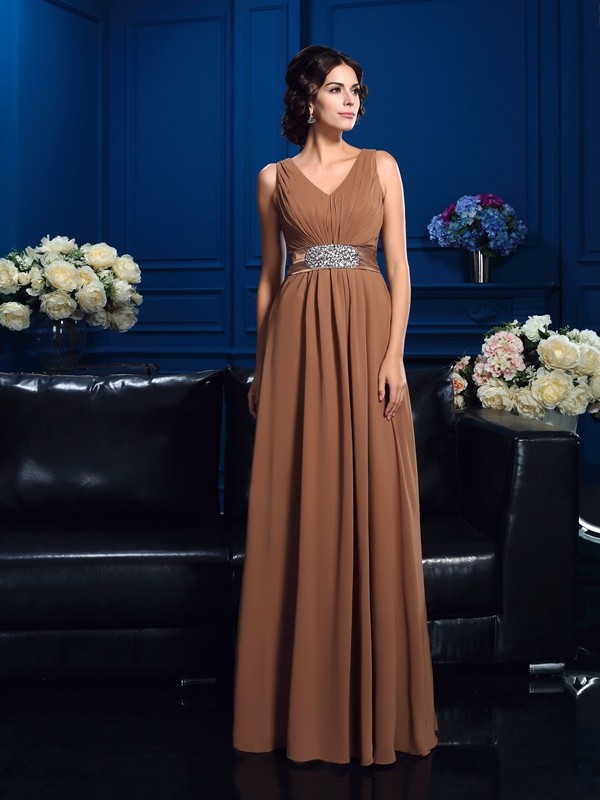 Chicregina A-Line/Princess V-neck Chiffon Floor-Length Mother Of The Bride Dress with Lace
