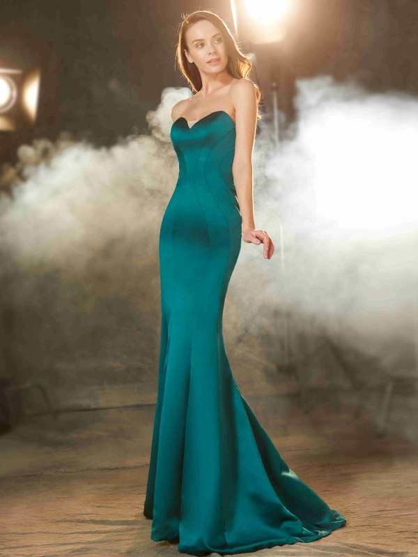 Chicregina Trumpet/Mermaid Sweetheart Sleeveless Sweep/Brush Train Satin Dress With Ruched
