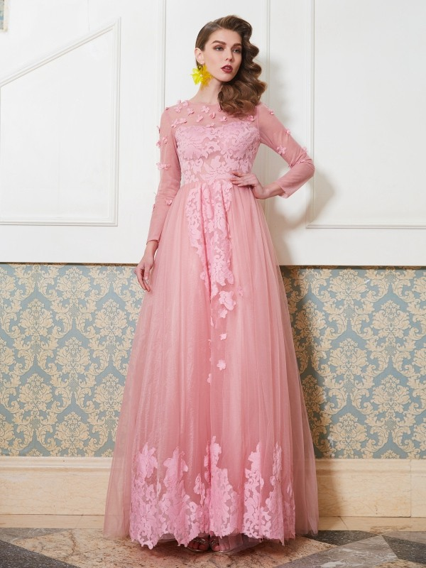 Chicregina A-Line/Princess Scoop 3/4 Sleeves Long Tulle Dress With Applique