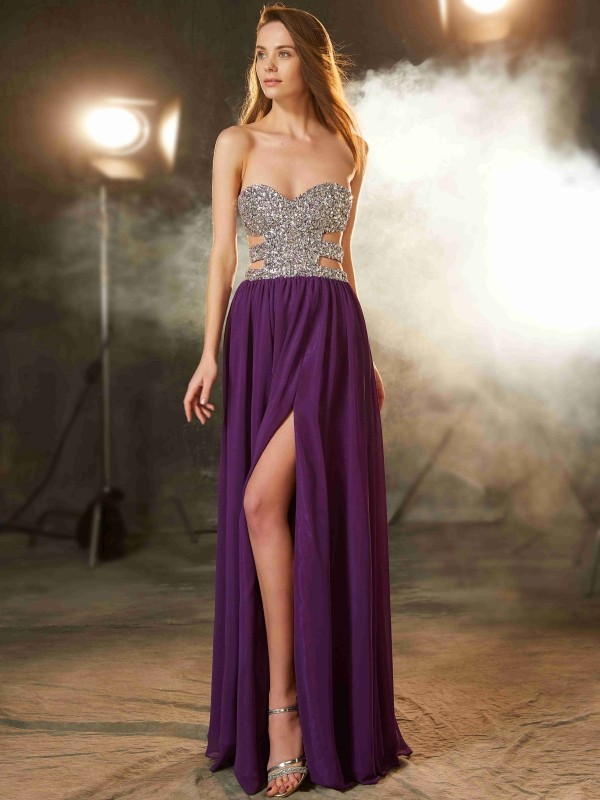 Chicregina A-Line/Princess Sweetheart Sleeveless Long Chiffon Dress With Crystal
