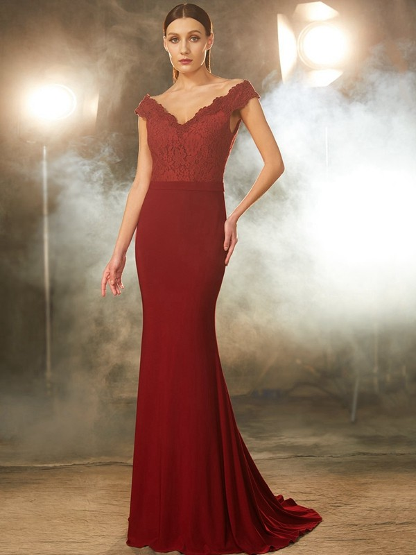 Chicregina Trumpet/Mermaid Off-the-Shoulder Sleeveless Spandex Sweep Train Dress With Lace