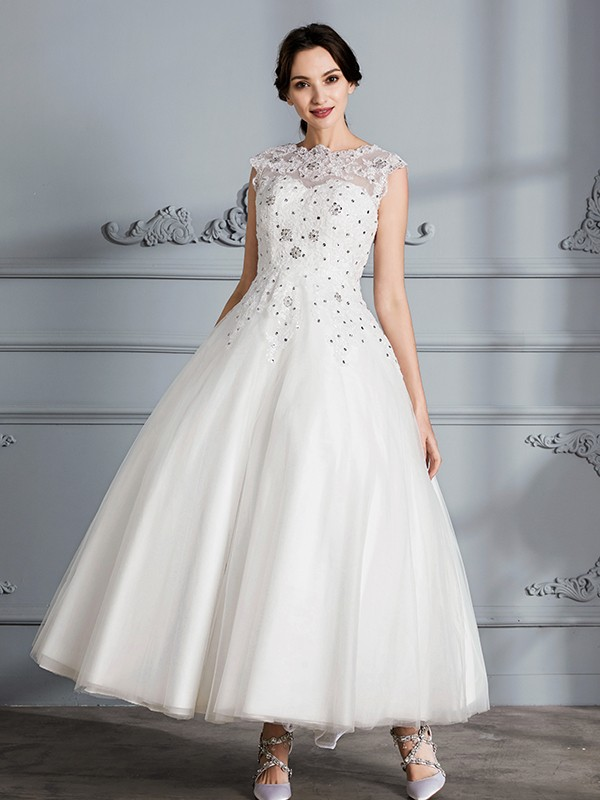 Ball Gown Scoop Sleeveless Tea-Length Tulle Wedding Gowns