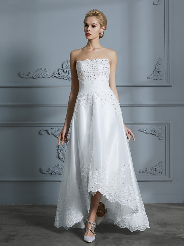 A-Line/Princess Sweetheart Sleeveless Tulle Asymmetrical Wedding Dresses with Beading