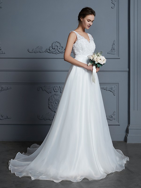A-Line/Princess V-neck Sleeveless Lace Floor-Length Chiffon Wedding Dresses