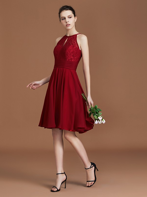 A-Line/Princess Shalter Sleeveless Chiffon Lace Knee-Length Bridesmaid Dress