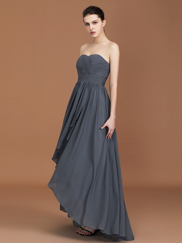 A-Line/Princess Asymmetrical Sleeveless Sweetheart Ruched Long Chiffon Bridesmaid Dresses
