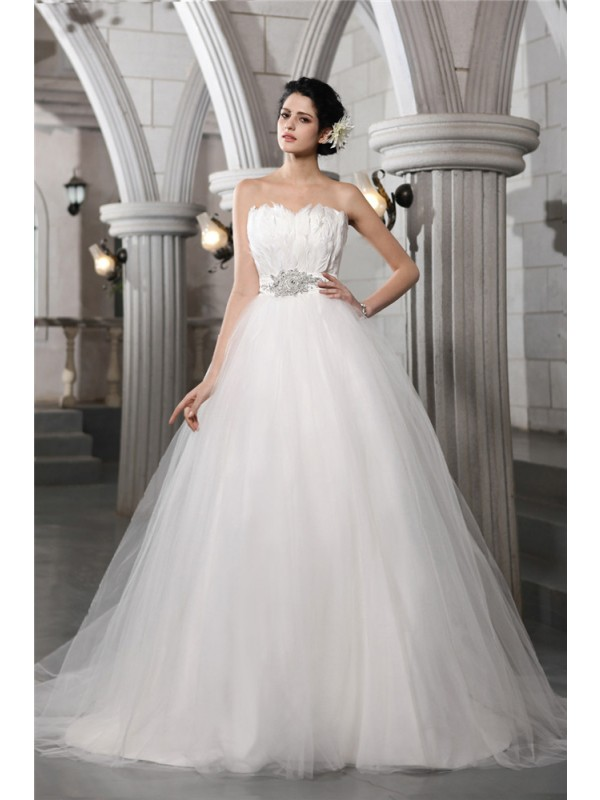 Ball Gown Strapless Sleeveless Beading Feather Long Net Wedding Dresses