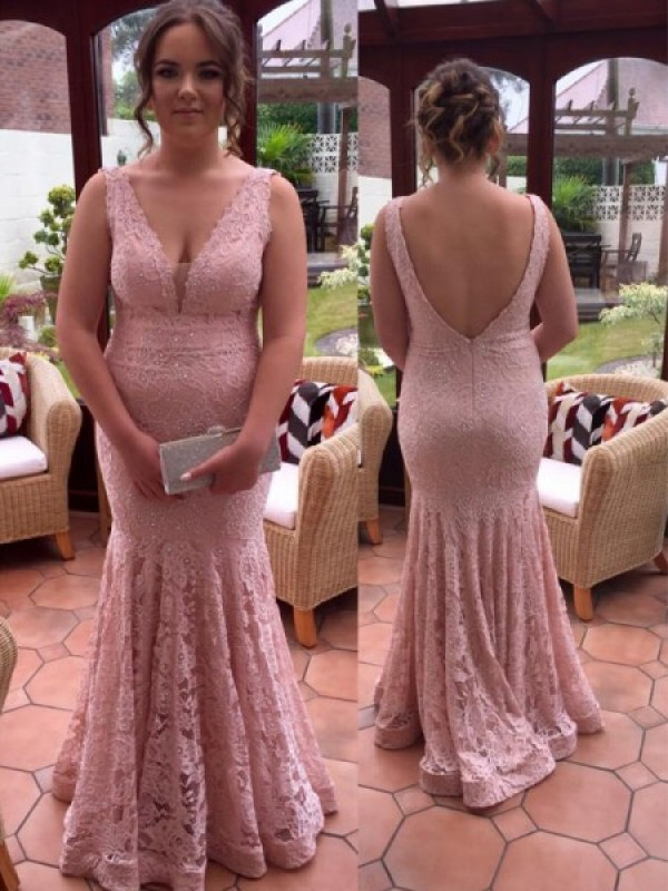 Trumpet/Mermaid V-neck Sleeveless Lace Beading Floor-Length Plus Size Dresses