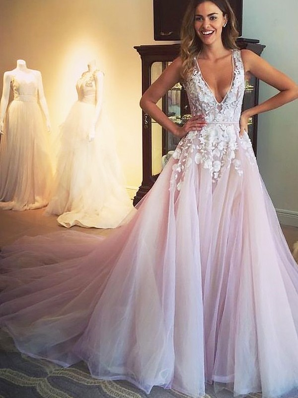 A-Line/Princess V-neck Tulle Sleeveless Sweep/Brush Train Dresses With Applique