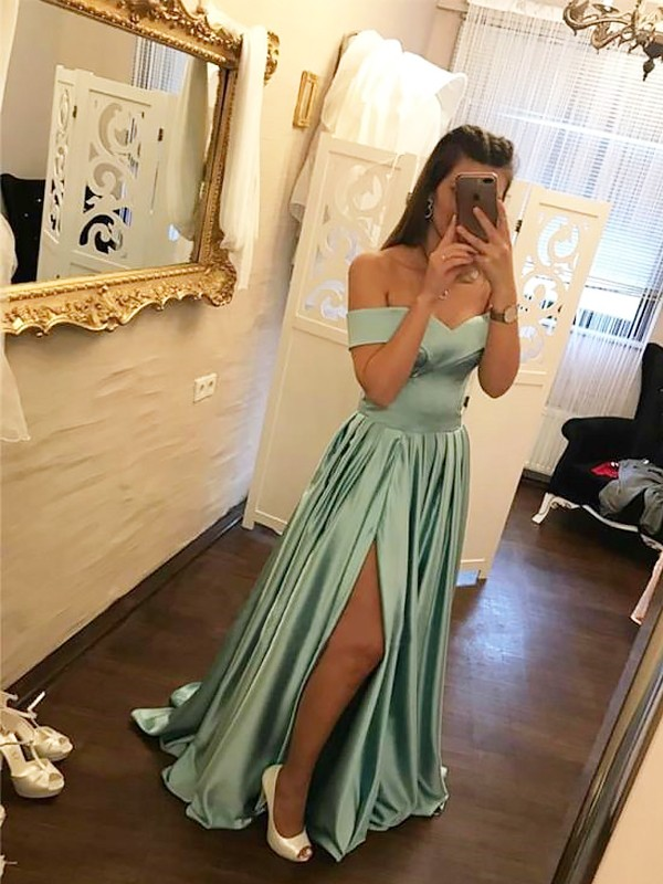 A-Line/Princess Off-the-Shoulder Sleeveless Ruffles Sweep/Brush Train Satin Dresses