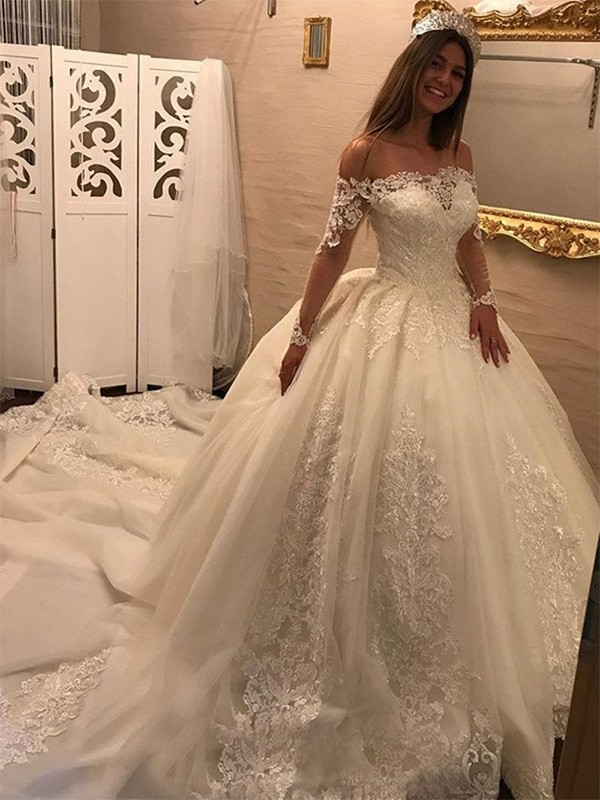 Ball Gown Off-the-Shoulder Long Sleeves Tulle Cathedral Train Wedding Dresses With Applique