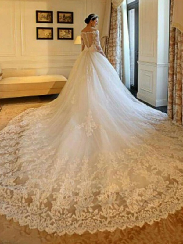 Ball Gown Off-the-Shoulder Tulle 3/4 Sleeves Cathedral Train Wedding Dresses With Applique Sequin