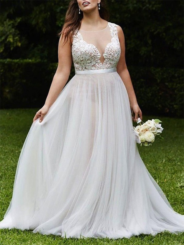 A-Line/Princess Scoop Lace Tulle Sleeveless Court Train Wedding Dresses