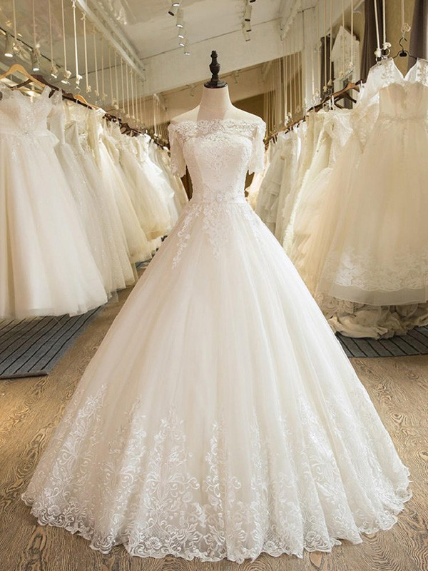 Ball Gown Off-the-Shoulder 1/2 Sleeves Lace Floor-Length Tulle Wedding Dresses With Applique