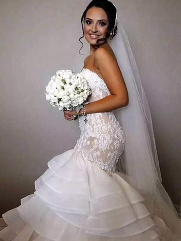 Trumpet/Mermaid Sweetheart Sleeveless Chapel Train Lace Ruffles Organza Wedding Dresses With Applique