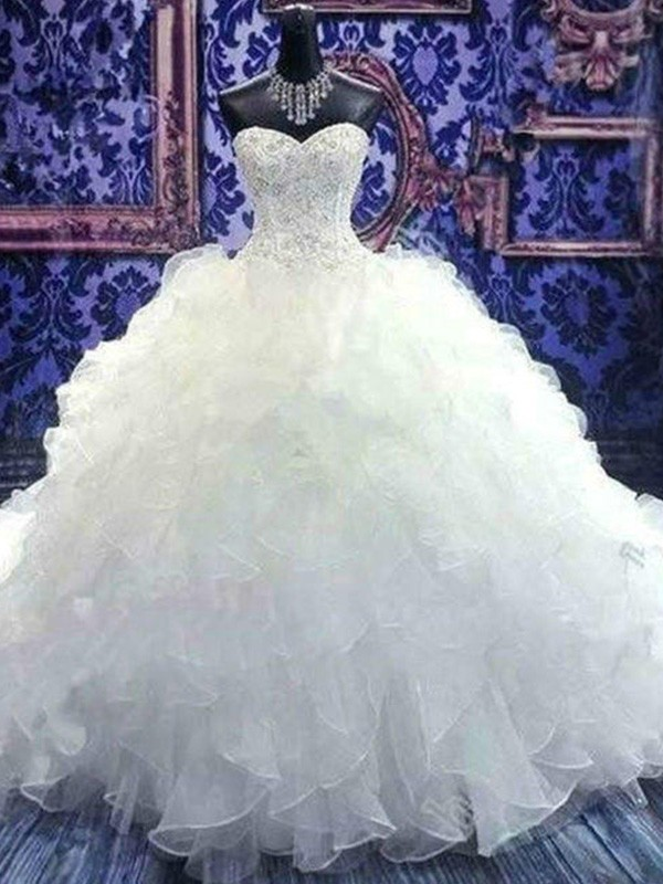Ball Gown Sweetheart Sleeveless Organza Chapel Train Wedding Dresses With Beading Sequin