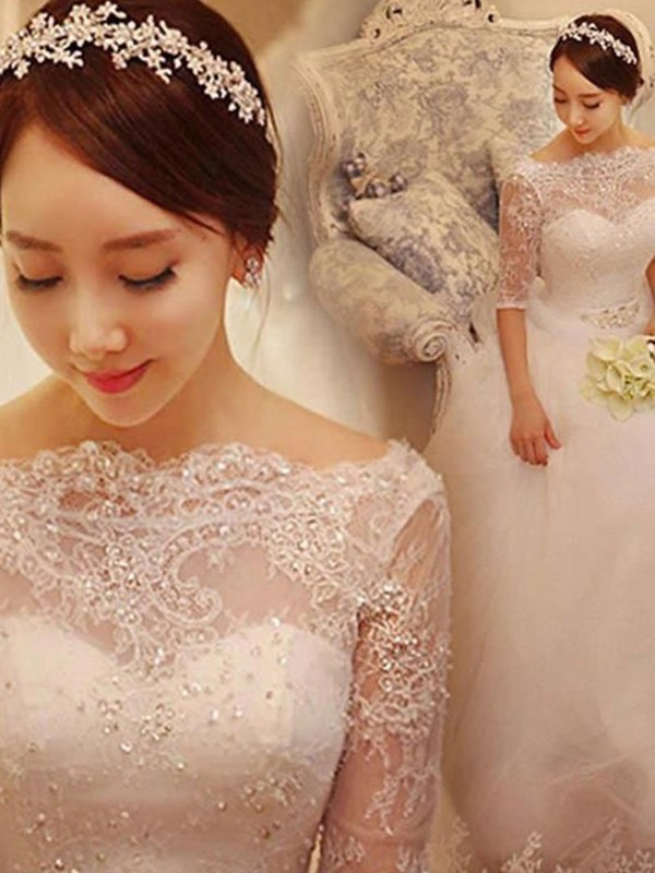 Ball Gown Off-the-Shoulder Tulle 1/2 Sleeves Chapel Train Wedding Dresses With Beading