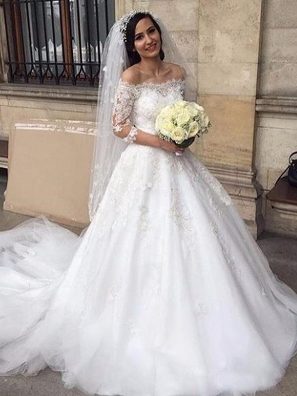 Ball Gown Off-the-Shoulder 3/4 Sleeves Tulle Chapel Train Wedding Dresses With Applique