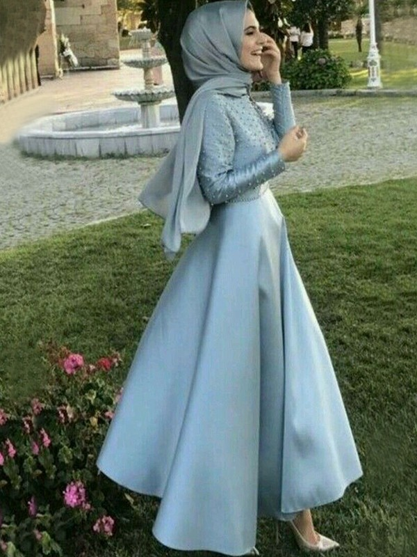 A-Line/Princess Scoop Long Sleeves Beading Floor-Length Satin Muslim Dresses