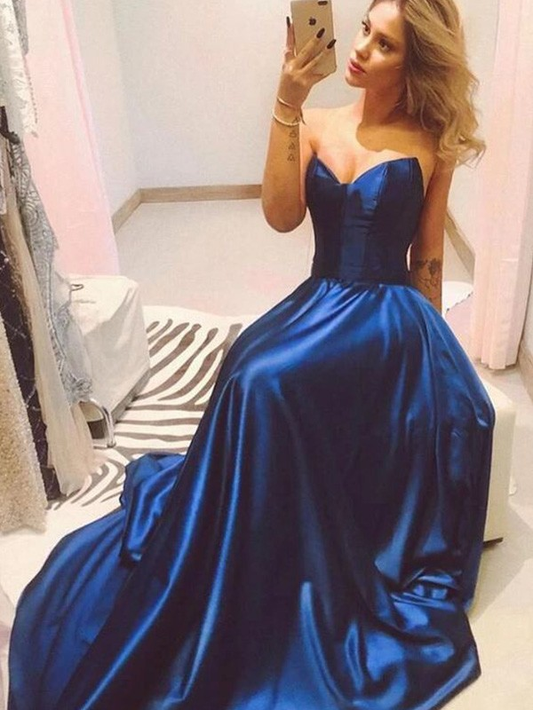 Dancing Queen A-Line Sweetheart Neckline Satin Sleeveless Sweep/Brush Train Dresses