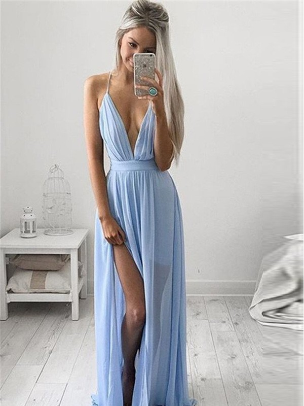 A-Line/Princess Spaghetti Straps Sleeveless Chiffon Long Dress With Ruched
