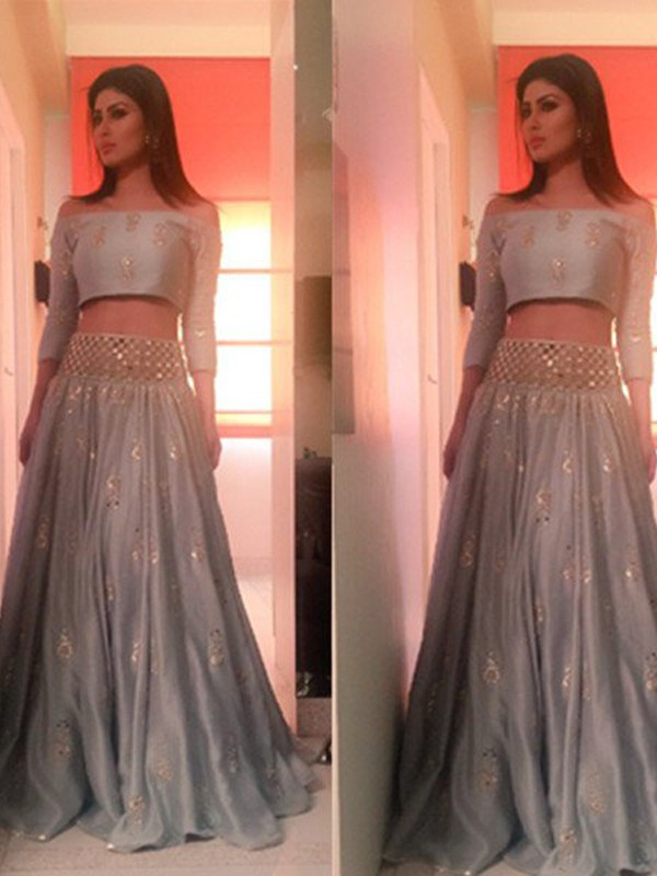 A-Line/Princess Off-the-Shoulder 3/4 Sleeves Long Satin Two Piece Dress With Beading