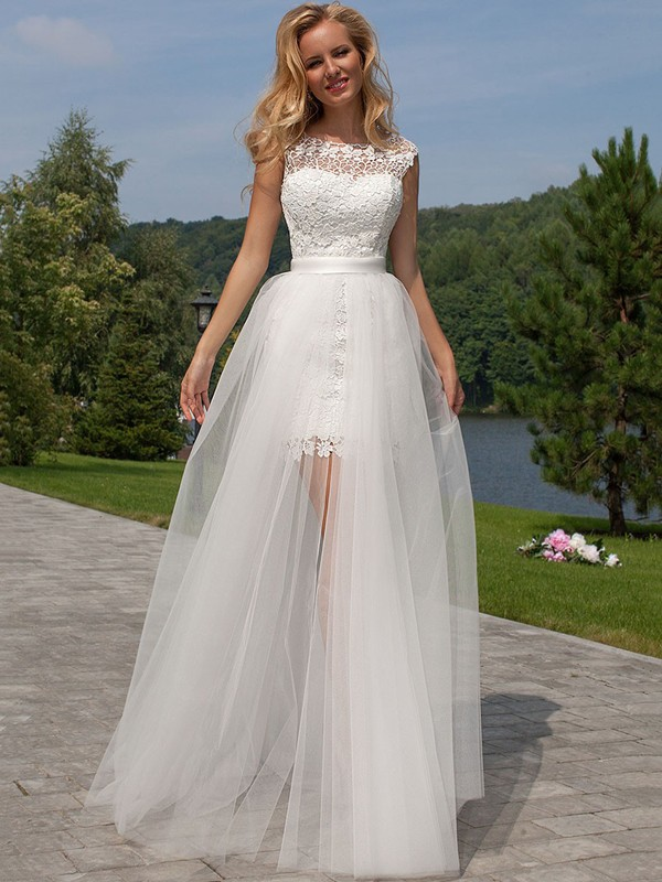 Sheath/Column Sleeveless Scoop Floor-Length Tulle Wedding Dress With Lace
