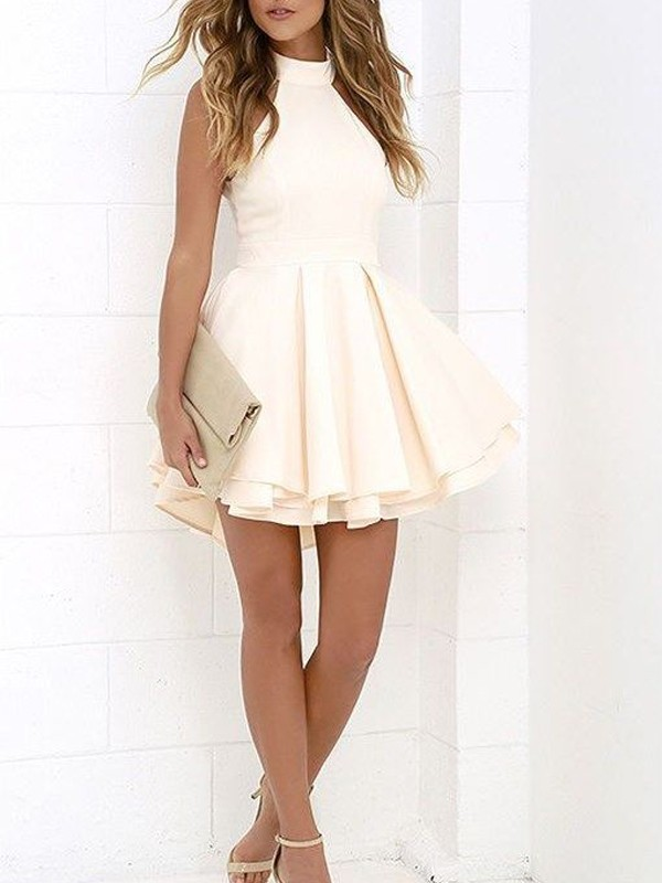 A-Line/Princess Halter Sleeveless Short Satin Dresses