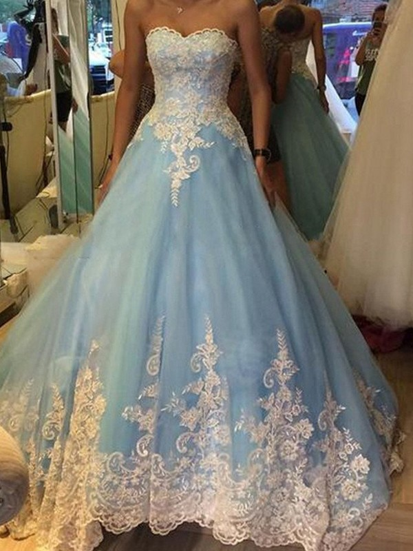 Ball Gown Sweetheart Sleeveless Tulle Long Dress With Appliques