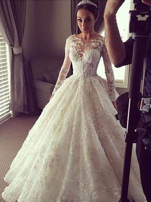 Court Train Ball Gown Long Sleeves Scoop Lace Wedding Dresses
