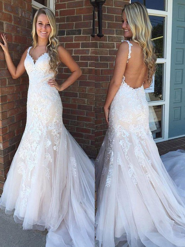 Trumpet/Mermaid Sleeveless V-neck Sweep/Brush Train Tulle Wedding Dresses With Applique