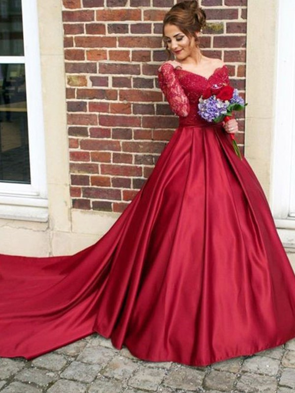 A-Line/Princess V-neck Sweep/Brush Train Long Sleeves Satin Dresses With Lace