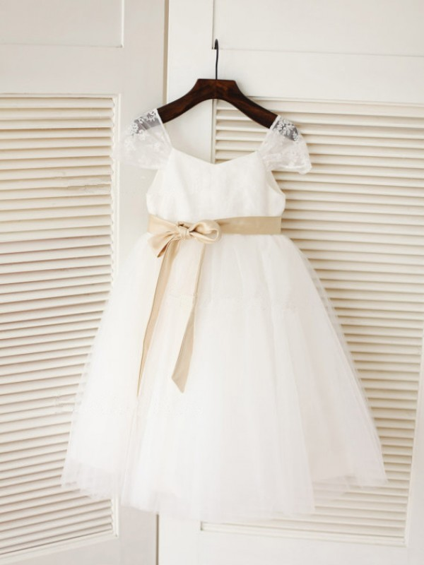 Chicregina Long Ball Gown Scoop Sleeveless Sash Communion Dress with Tulle